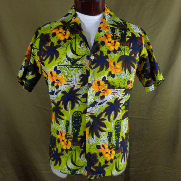 91c8da29953c Waikiki 76 Shirts   Vintage Tiki Print Hawaiian Shirt M   Poshmark